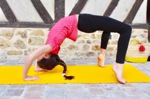 Yoga pour enfants à faire en famille en 7 minutes