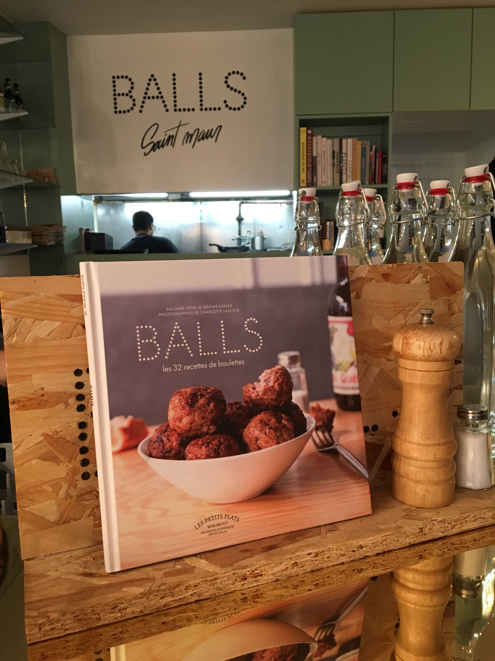 Balls Restaurant Paris Saint-Maur
